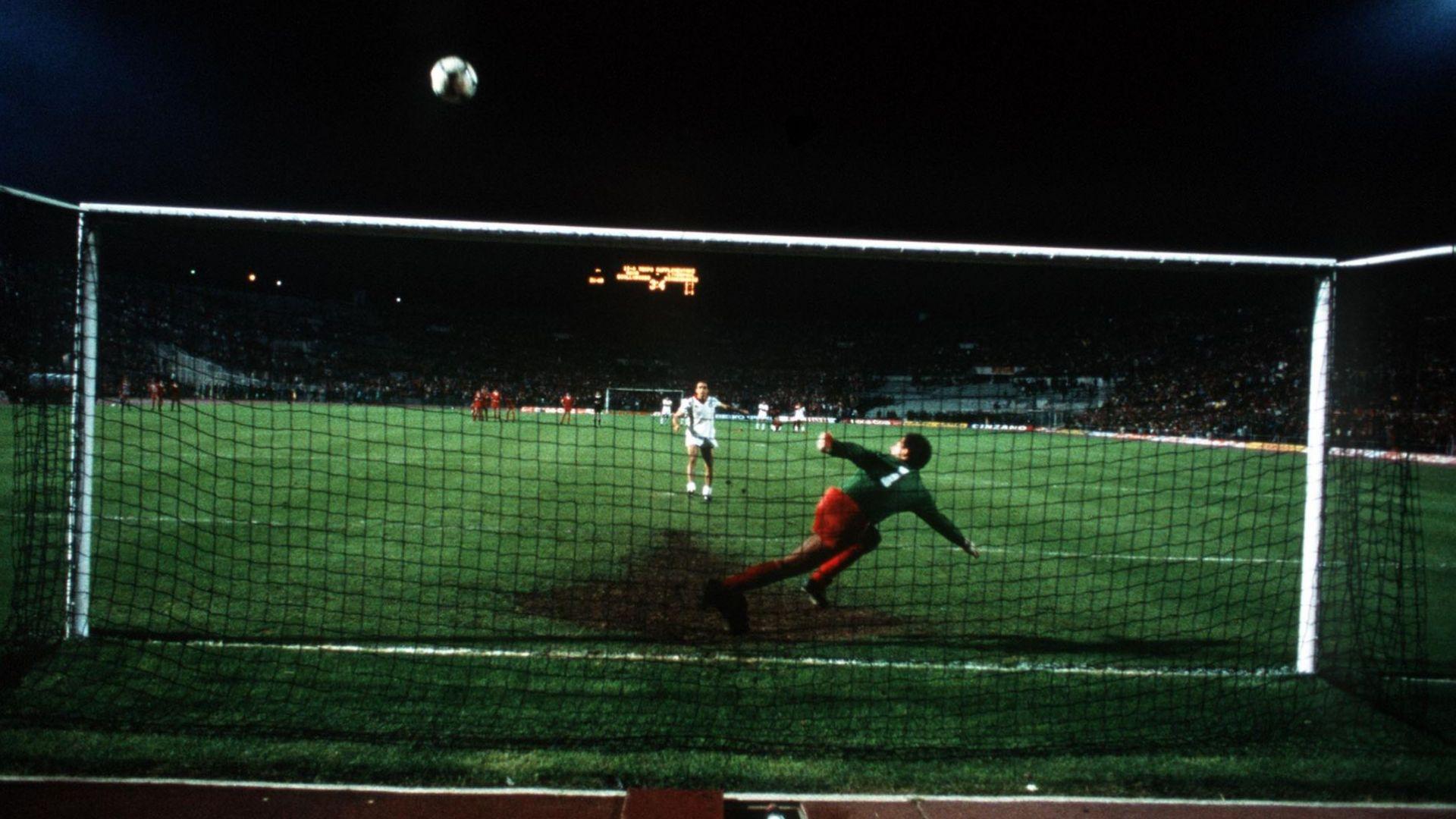 """Спагетените крака, Крис Риа и как Рим рухна пред """"Ливърпул"""" през 1984 г."""
