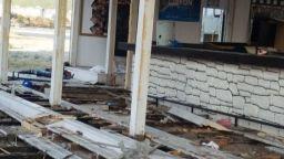 Събориха бар и ресторант от плаж в Слънчев бряг