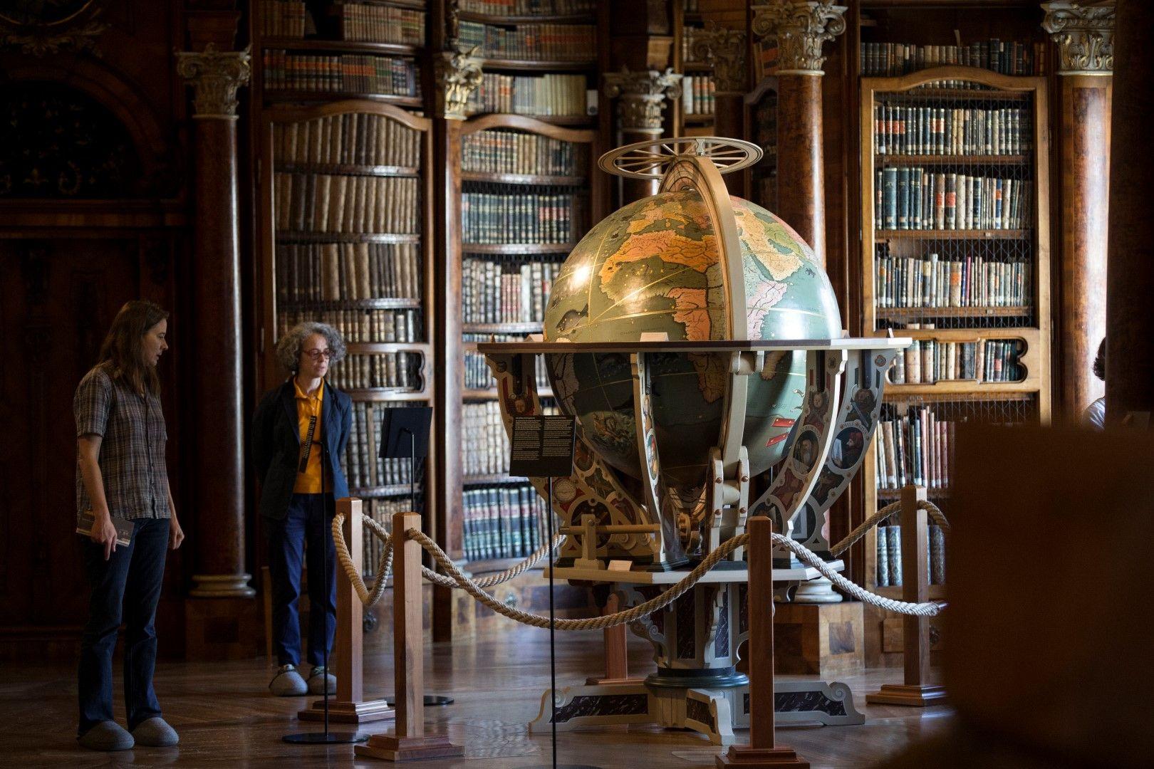 Библиотеката на абатството Сен Гален, Швейцария