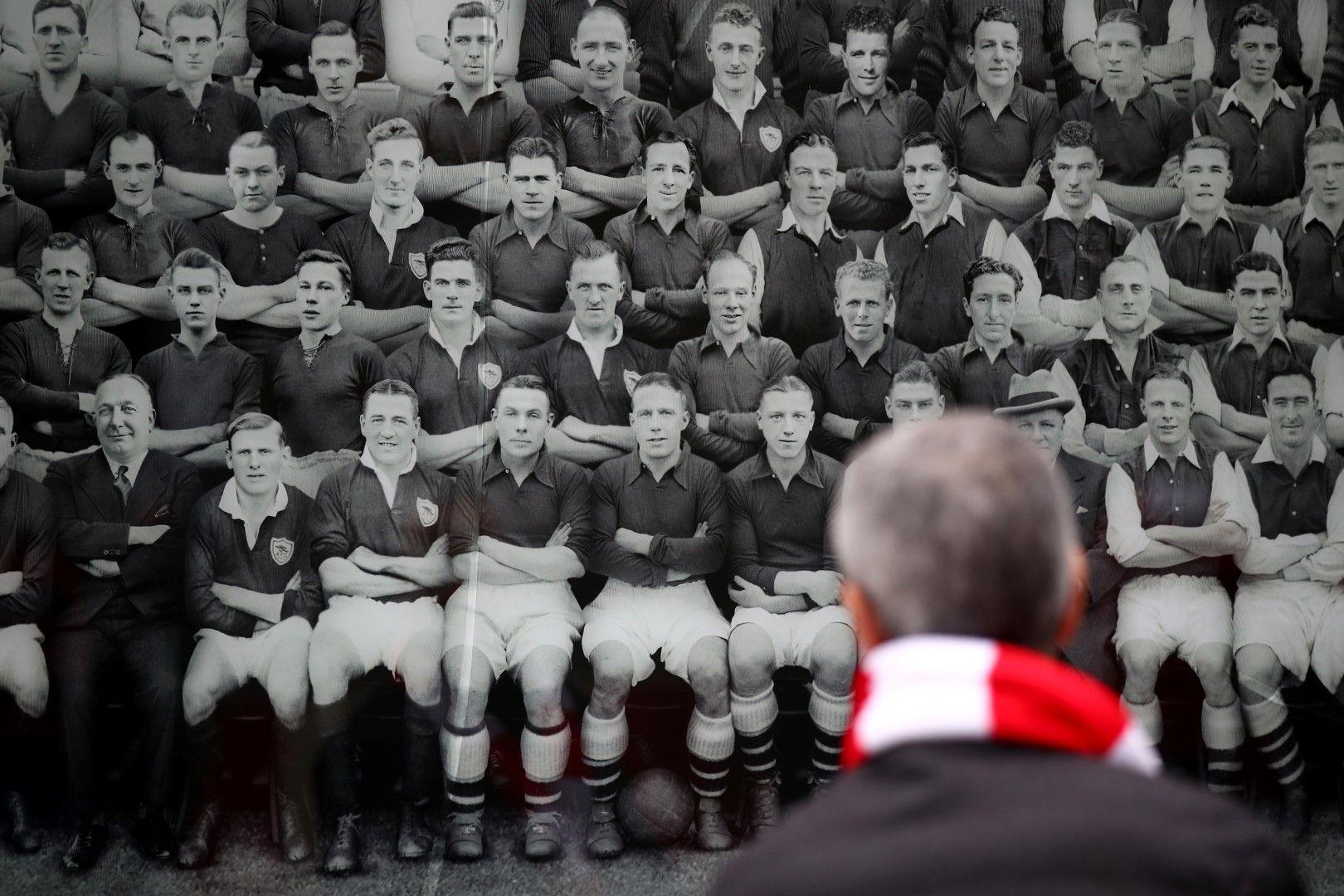 Всички са загрижени накъде отива клубът със славна история. Снимка: Getty Images