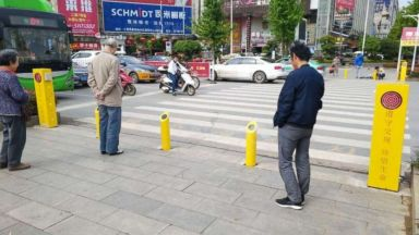 В Китай пръскат с вода пешеходците нарушители