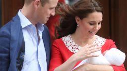 Катрин показа новородения принц (снимки)