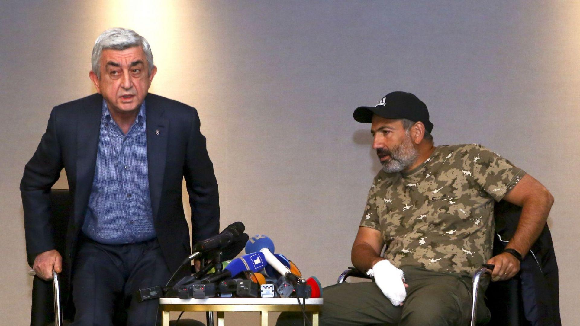 """Арменската """"кадифена революция"""" свали от власт Серж Саркисян"""