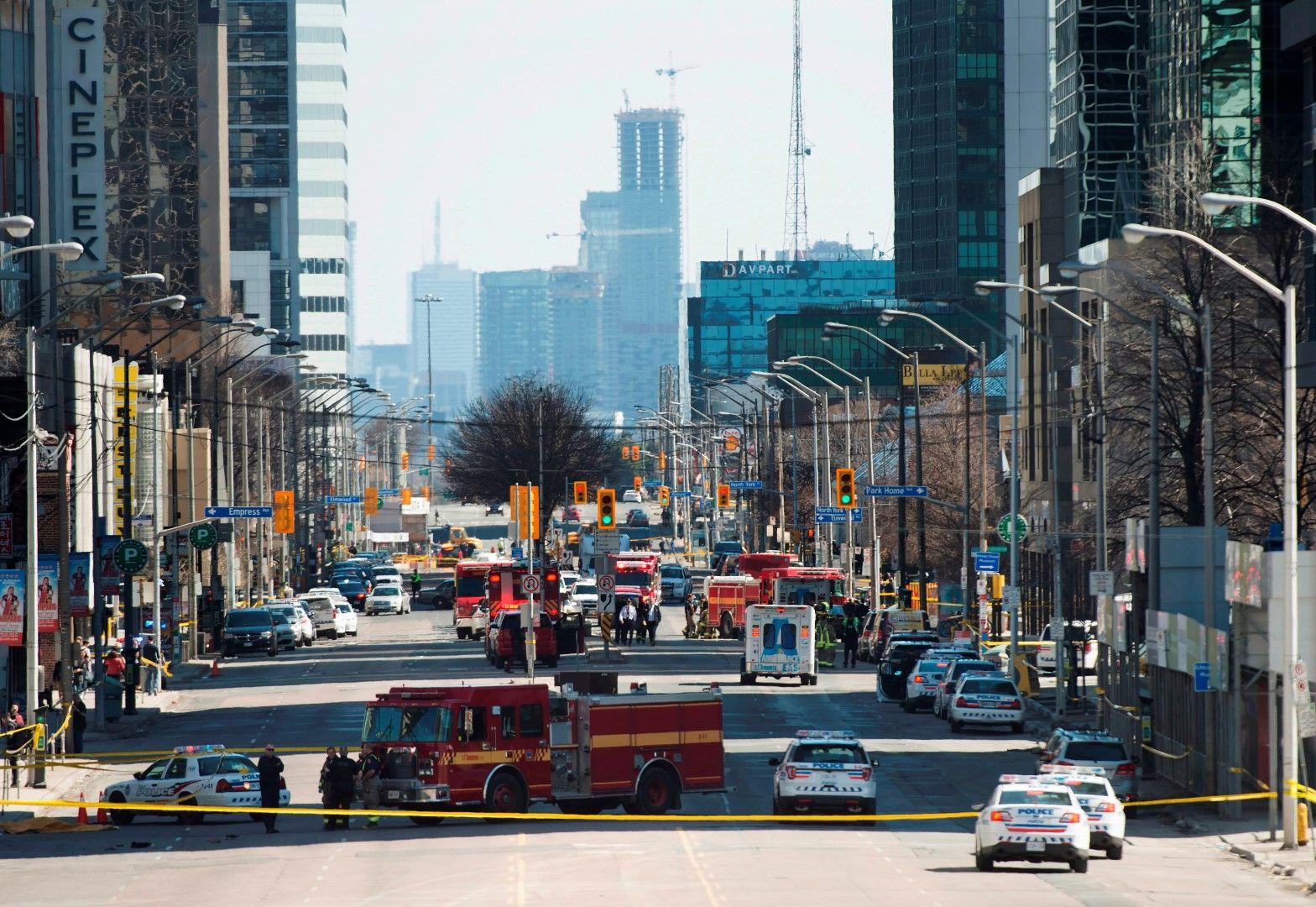 Атаката е била на една от най-оживените улици