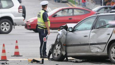 Петима ранени при катастрофа след отнето предимство
