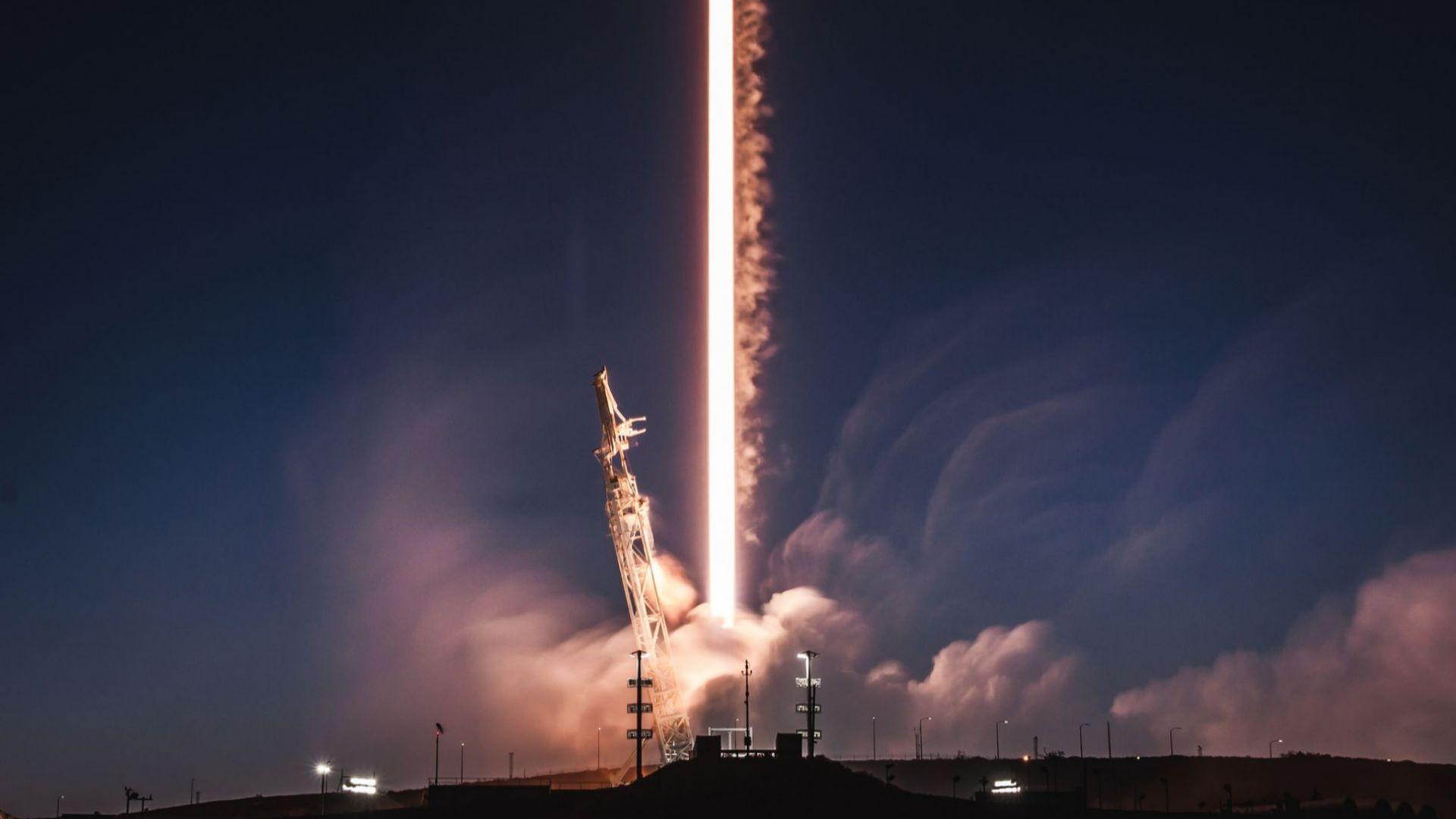 10 зрелищни ракетни експлозии