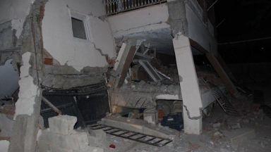 Расте броят на ранените при силното земетресение в Турция