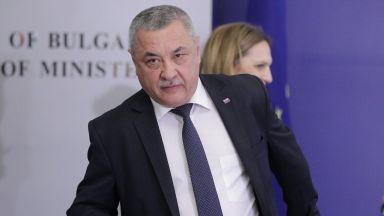 Симеонов: Очаквам хора със съвест да подкрепят връщане на стария режим за пушене