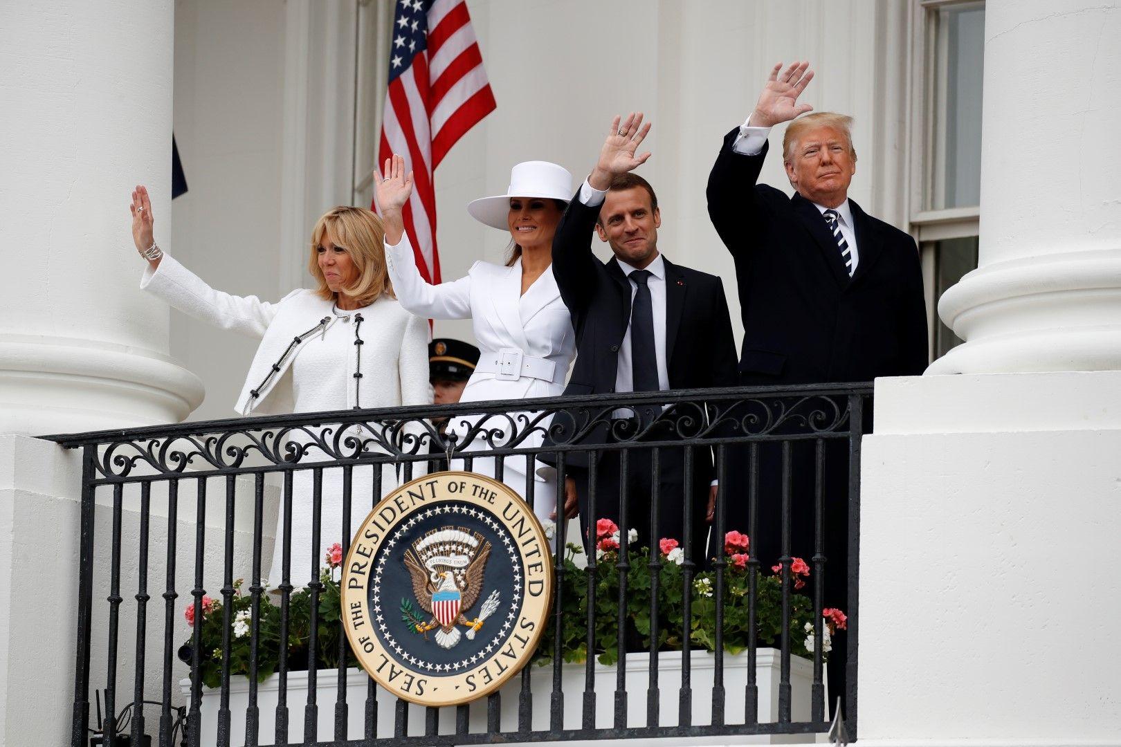 """Тръмп и Макрон със съпругите си в историческата резиденция на Джордж Вашингтон """"Маунт Върнън"""""""