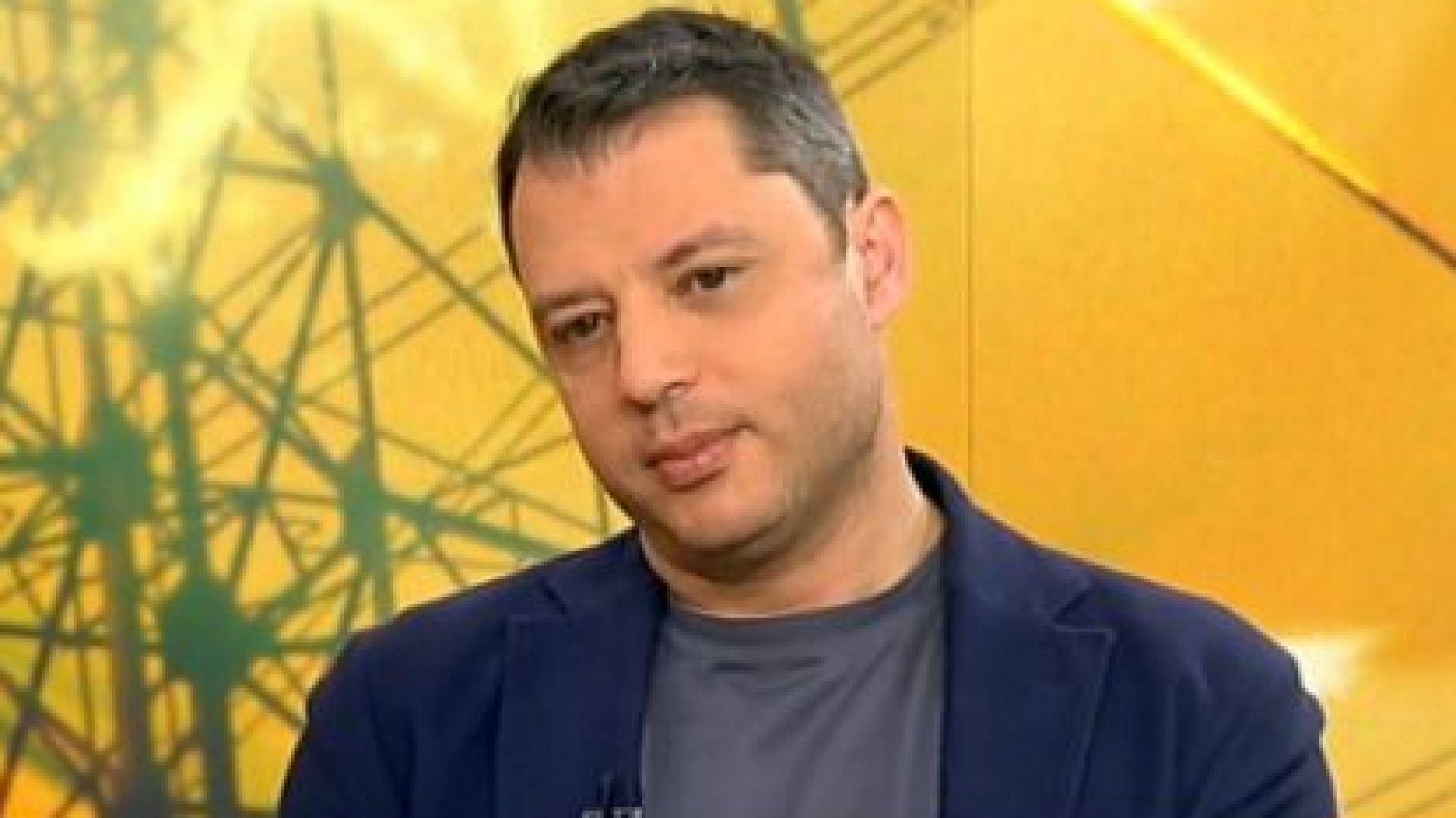 """Делян Добрев: Парламентът да даде мандат на кабинета да преговаря за АЕЦ """"Белене"""""""