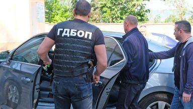 Шестима от задържаните 10 служители на ДАИ остават в ареста
