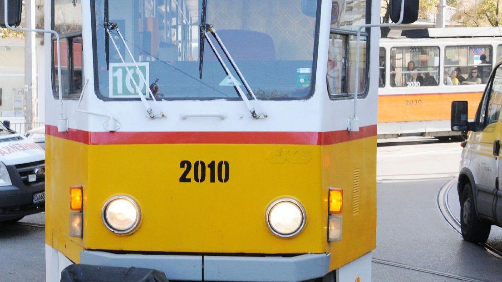 """Ремонтът на """"Графа"""" променя движението, спира трамваите"""