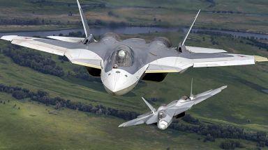Руски експерт: Су-57 изпреварва  F-22 и F-35  по въоръжение, роботизация и РЕБ