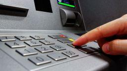 Българин, обирал банкомати, е осъден на 4 г. затвор във Франция