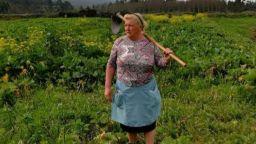 Баба в Испания е двойник на президента Тръмп