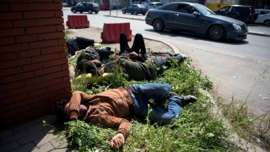 От Гърция: България затворена (за бежанци), а р. Марица е отворена