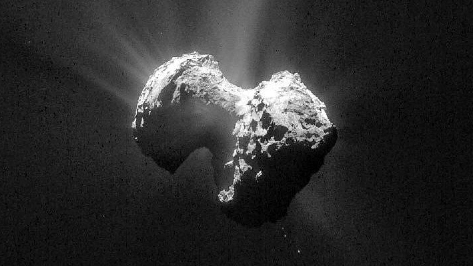 Видео от повърхността на кометата Чурумов-Герасименко