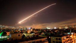 Израелски самолети удариха позиции на сирийската армия