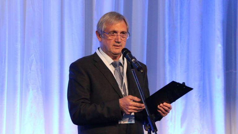 Владимир Жеглов: Светът се променя, хората се променят, променя се и Дир