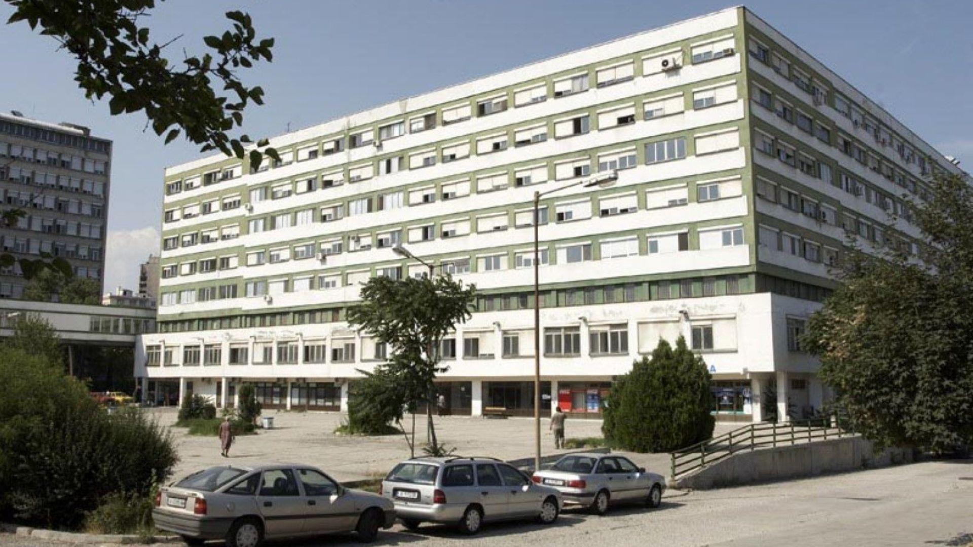 Съселяни не пускат санитарка да се прибере, защото работи в Covid-отделение