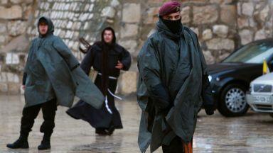 Двама загинаха при наводнения в...пустинята