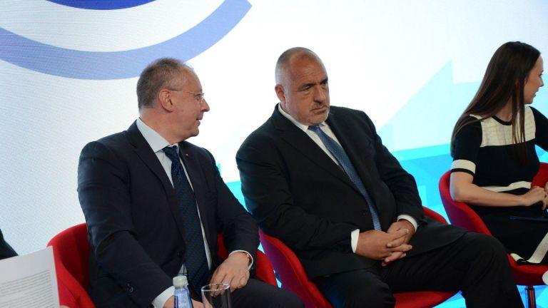 Станишев: Да превърнем приемането на еврото в национален приоритет