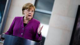 Меркел отряза Тръмп за срещата на върха на Г-7  във Вашингтон