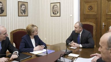 Радев настоя българите в Украйна да изучават родния си език