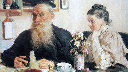 """Брачният живот на Толстой - истинска """"война и мир"""""""