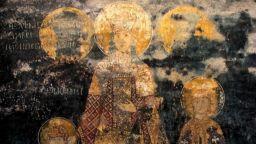 Елена Българска от фреските, е първата жена, стъпила в Атон