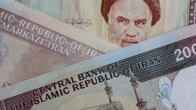 Тръмп предизвика валутен колапс в Иран