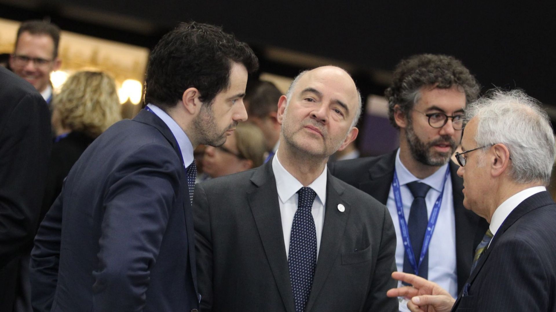 Пиер Московиси: Ще следим много изкъсо италианската икономика