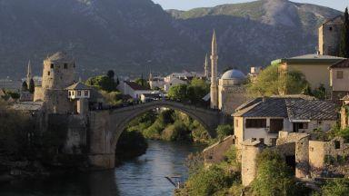 Босна между руския чук и турската наковалня*