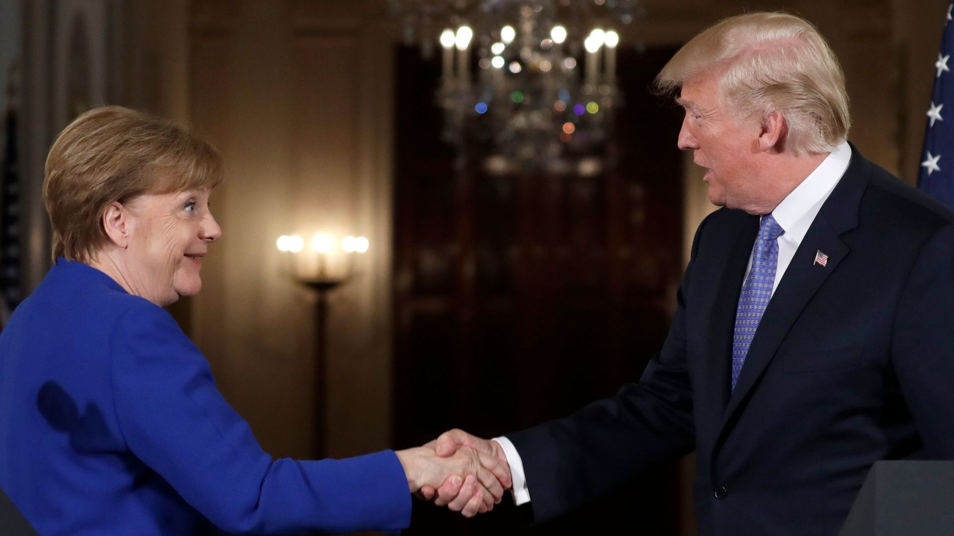 Меркел: Никой не иска лоши отношения с Русия. Тръмп: НАТО помага само за Европа