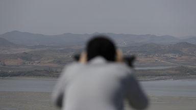 Пхенян закрива ядрения си полигон и уеднаквява часовата зона със Сеул