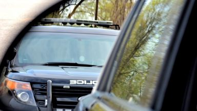 Двама полицаи пострадаха в блъсната патрулка на Симеоновско шосе