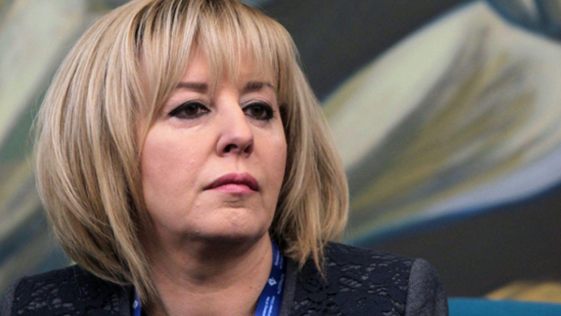Манолова: Законът за хората с увреждания е осакатен, министър Петков да поеме отговорност
