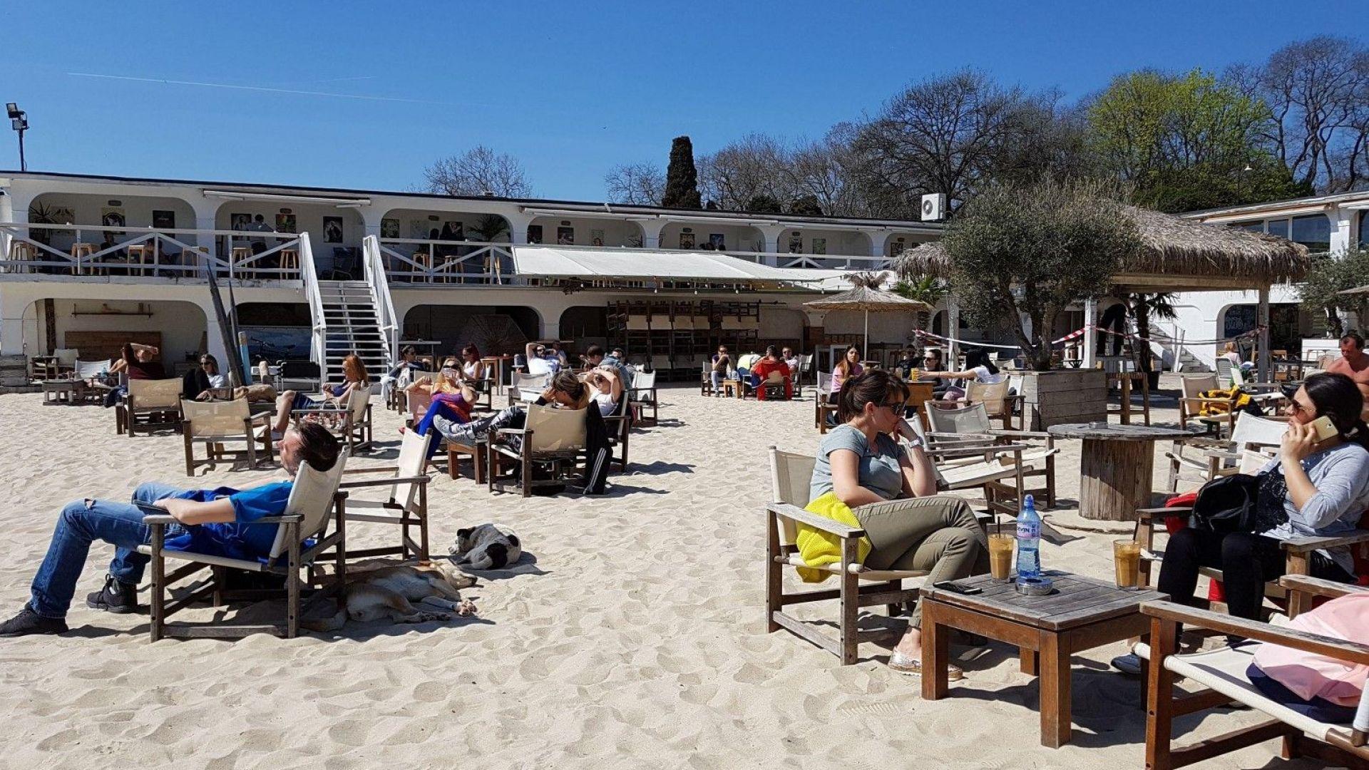 Крайбрежната алея във Варна готова за сезона