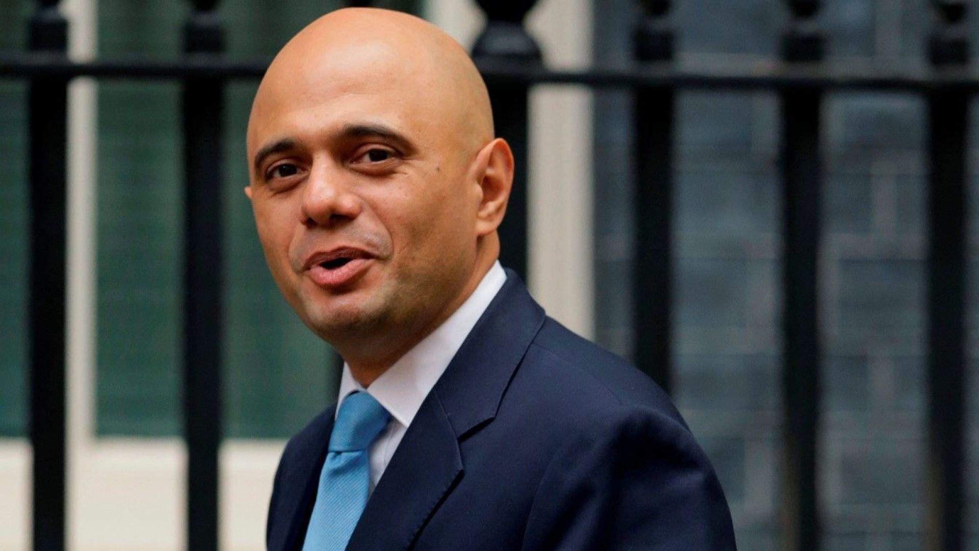 Син на пакистански шофьор стана вътрешен министър на Великобритания