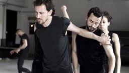 Изживяванията на Аза и отраженията им в два танцови спектакъла в театър Азарян