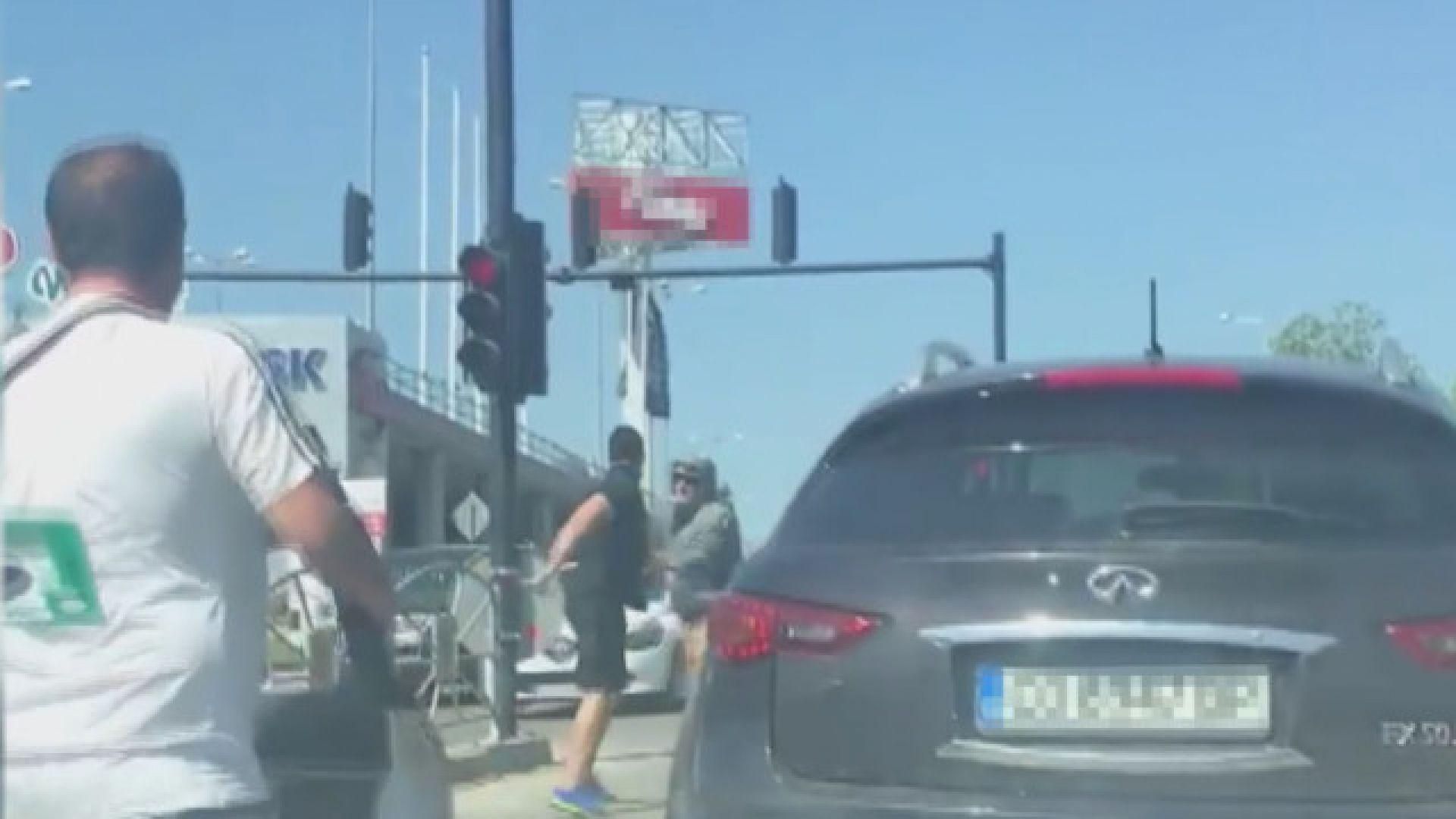 С акт за хулиганство приключи спора на пътя в Търново
