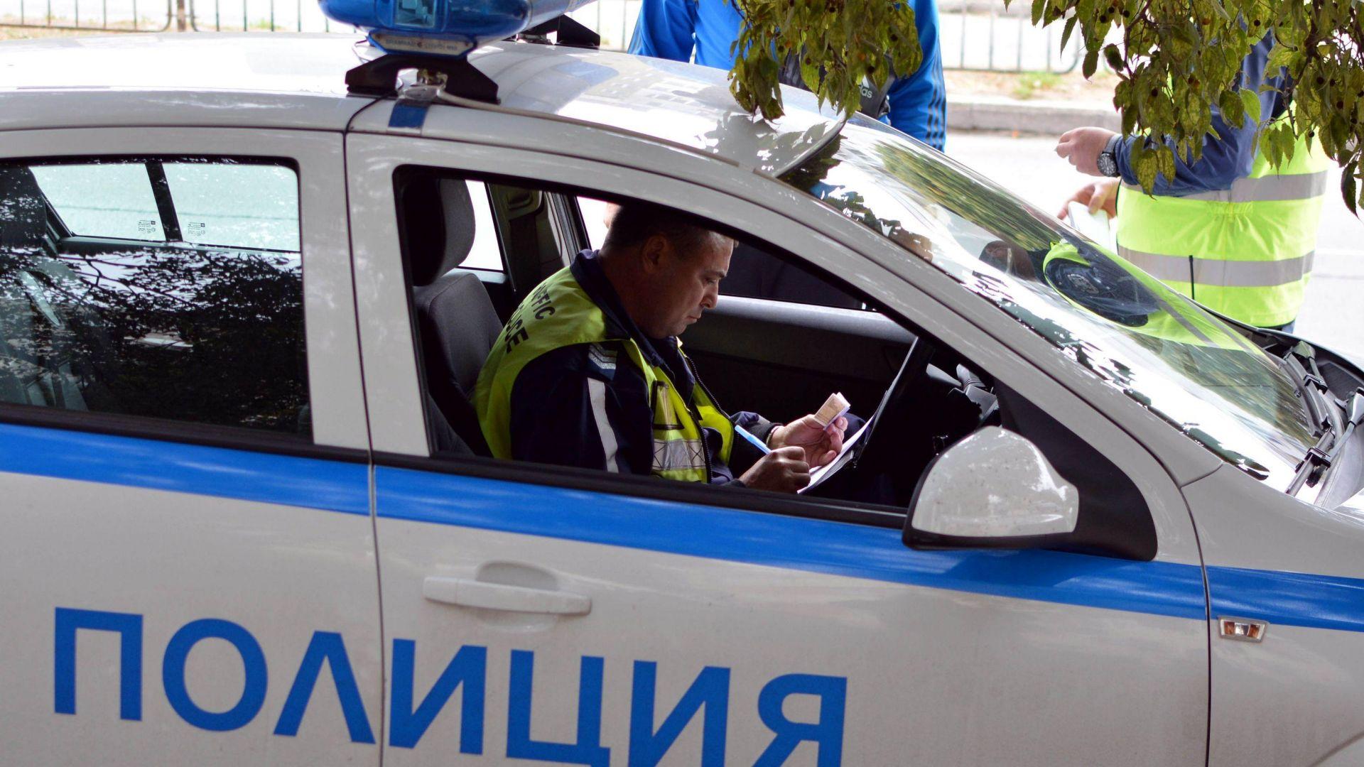 КАТ в акция: Взема шофьорски книжки за неплатени глоби