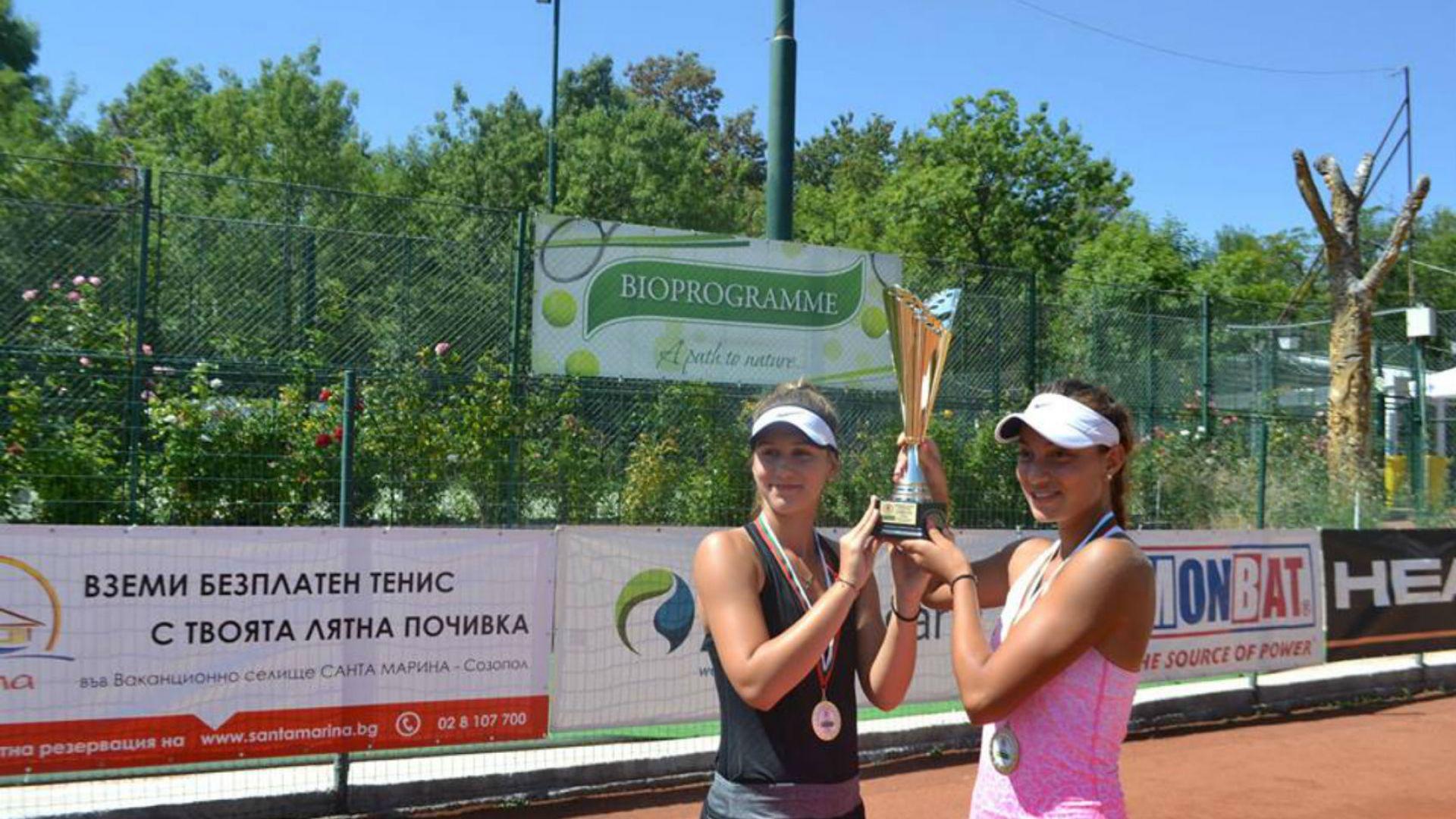 Топалова и Аршинкова са на четвъртфинал в Кайро