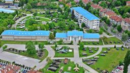 """С изложба """"За враговете и приятелите"""" на България НВИМ провокира своите посетители"""