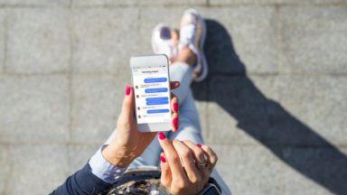 Facebook ще бори дезинформацията и в чатовете на Messenger