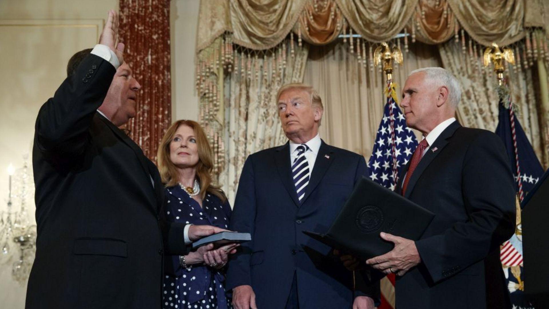 Тръмп посети за първи път Държавния департамент