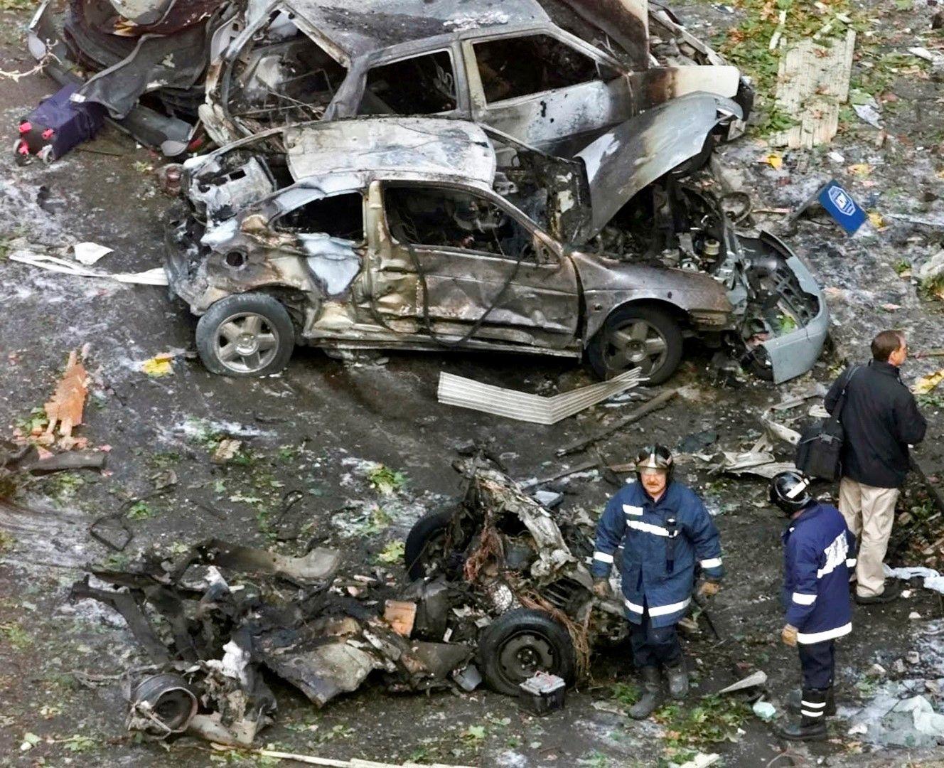 Взрив на кола бомба в Мадрид през 2001 г.