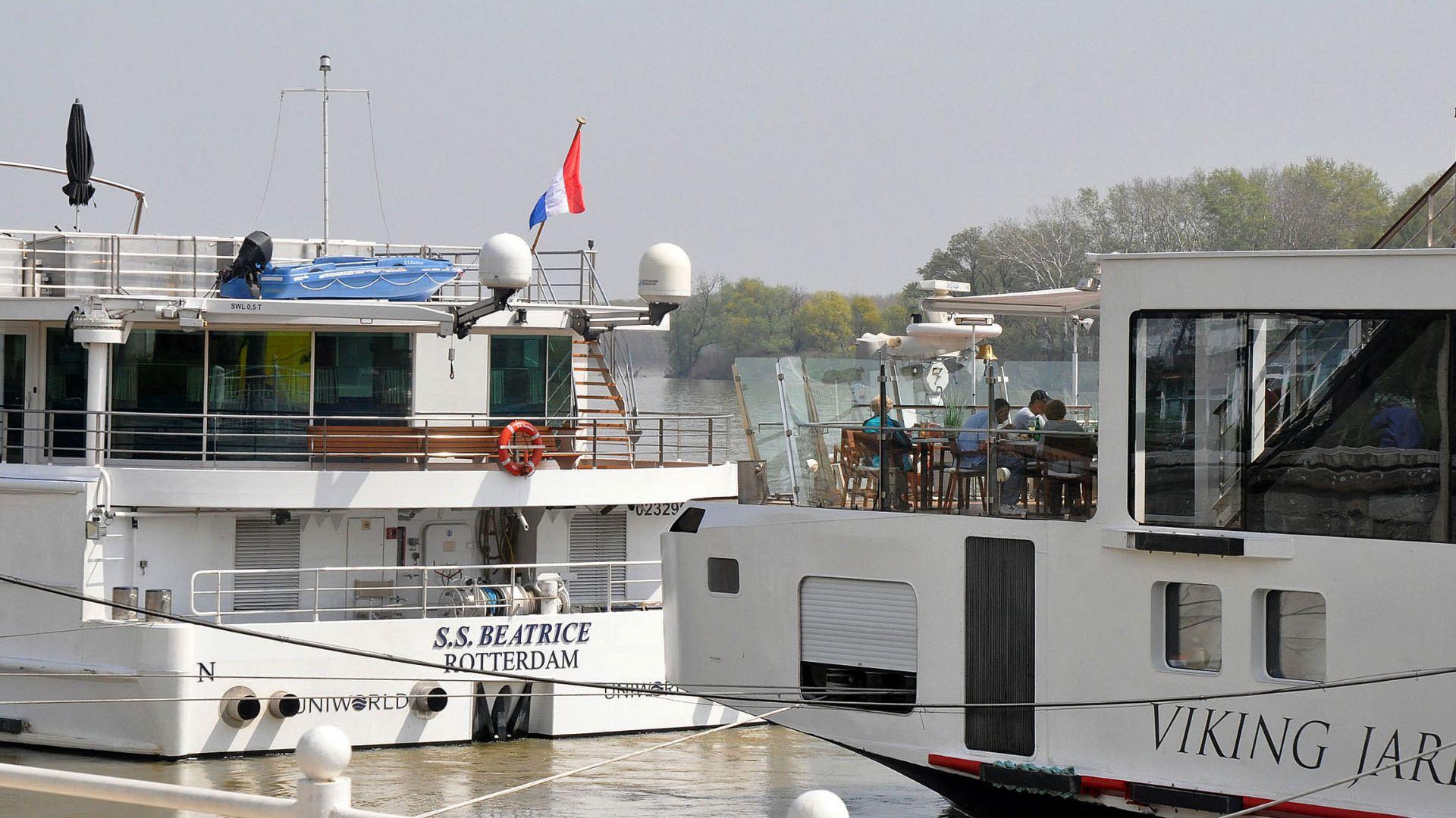 Около 20 прага затрудняват корабоплаването по Дунав