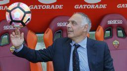 """УЕФА наказва президента на """"Рома"""" заради бурните реакции"""