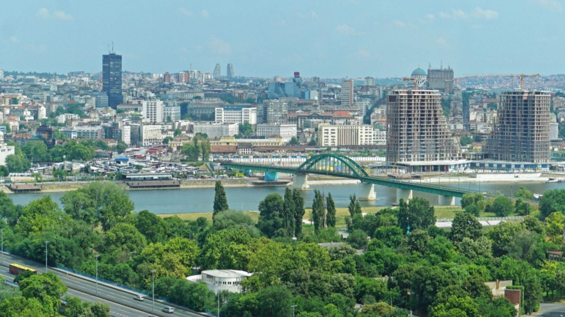 Заместник генералният секретар на НАТО: Сърбия сама определя от кого да купува оръжие